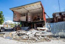 Bangunan yang hancur akibat gempa bumi M7,2 yang mengguncang Haiti pada Sabtu (14/8/2021). Setidaknya 2.207 orang tewas, 344 hilang, dan 12.268 terluka. [Foto dari Sky News)