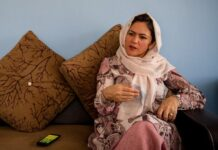"""Jika Amerika tetap pada pengaruh politik mereka, menekan Taliban dan menggunakan semua sumber tekanan terhadap mereka, maka saya pikir mereka akan mencapai penyelesaian yang dinegosiasikan,"" kata Fawzia Koofi. (Foto: Scott Peterson/Getty via Guardian)"