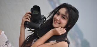 Melody Prima Ananda Divia merupakan aktris berkebangsaan Indonesia. Ia pertama kali bermain di sinetron pertamanya yang berjudul Dia Bukan Cinderella saat itu dia berperan sebagai Amanda. Lahir di Jakarta pada 18 Januari 1995 (usia 26 tahun), berzodiak Capricorn. (Wikipedia/Foto: melodyprimawordpress)
