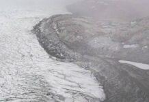 Lapisan Es Greenland adalah massa es air tawar terbesar kedua di planet ini, kedua setelah Antartika. (Foto: AFP/SAUL LOEB via CNA)