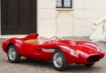 Mobil-mobilan Ferrari Testa Rossa J yang bisa dikendarai.(Foto: hypebeast.com)