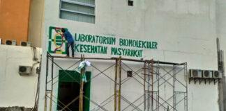 Lab Biokesmas NTT di kampus lama Undana Kupang saat dalam proses persiapan.