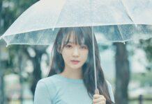 """Kang Min-kyung adalah penyanyi dan aktris Korea Selatan. Dia adalah salah satu dari duo Davichi, yang menjadi terkenal setelah merilis album debut mereka Amaranth pada tahun 2008. Sejak itu Davichi telah merilis 3 album studio, 6 EP dan beberapa lagu hit seperti """"Don't Say Goodbye"""", """"Turtle """", """"Merindukanmu Hari Ini"""" dan """"8282"""". Lahir 3 Agustus 1990 (umur 30 tahun), Goyang-si, Korea Selatan. (Wikipedia)"""