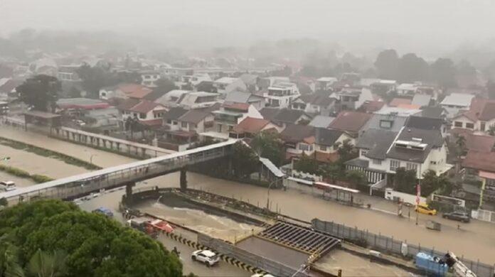Foto: Banjir Singapura ( Ist Tangkapan Layar Youtube)