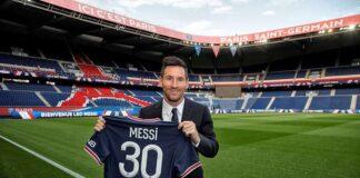 PSG memperkenalkan Lionel Messi di Parc de Princes, Rabu (11/8/2021). (Foto: Twitter PSG)