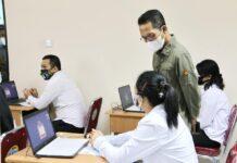 Wakil Wali Kota Batam, Amsakar Achmad, membuka Seleksi Kompetensi Dasar (SKD) Calon Pegawai Negeri Sipil (CPNS) 2021 di Gedung Bersama, Kamis (2/9/2021). Pelaksanaan SKD selama 17 hari, 2-18 September 2021.