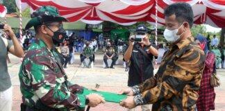 Wali Kota Batam, Muhammad Rudi, menghadiri pembukaan TNI Manunggal Membangun Desa (TMMD) ke-112 di Dataran Dendang Melayu, Rabu (15/9/2021)