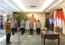 Foto pelantikan Enoh Suharto Pranoto sebagai Anggota Bidang Kebijakan Strategis Badan Pengusahaan (BP) Batam,di Gedung Ali Wardhana, Jakarta Pusat,Kamis (2/9/2021)