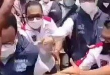 Gubernur DKI Anies Baswedan saat terjerabab di parit. (Foto: dok. Istimewa)