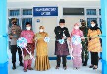 Wali Kota Tanjungpinang meresmikan pemakaian gedung melati dan instalasi anyeli ex Mess Pemda di Rumah Sakit Umum Daerah (RSUD) Kota Tanjungpinang, Kepulauan Riau, Jumat (17/9/2021).