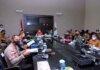 Wali Kota Tanjungpinang, Rahma dalam rapat koordinasi bersama Forkopimda, di ruang rapat lantai III, kantor wali kota Tanjungpinang Kepulauan Riau, Selasa (14/9/2021).