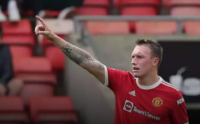 Bek Manchester United Phil Jones. (Foto: manud.com)