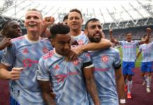 Para pemain Manchester United merayakan gol Jesse Lingard (depan) yang membawa mereka memimpin 2-1 atas West Ham United di Stadion London, Minggu (19/9/2021). (Foto: Premierleague.com)