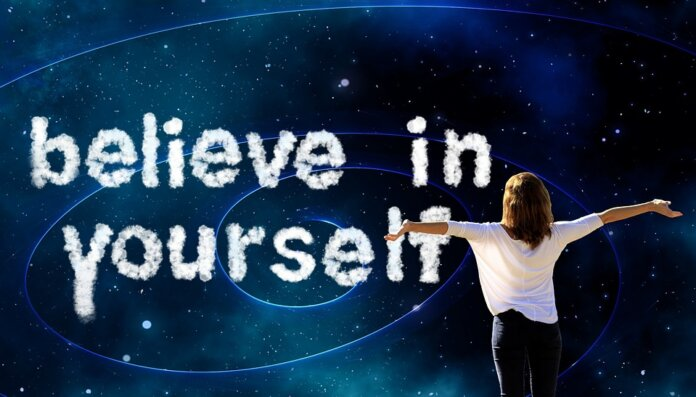 Ilustrasi percaya diri. Ramalan zodiak Rabu 15 September 2021. (Pixabay)