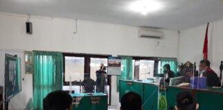 Sidang perdana kasus Nani takjil sianida di PN Bantul, Kamis (16/9/2021). Foto: Pradito Rida Pertana/detikcom