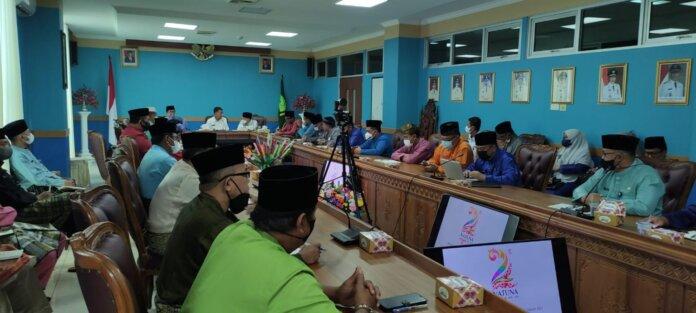 Rakor Pembentukan Panitia Hari Ulang Tahun (HUT) Kabupaten Natuna, bertempat di Ruang Rapat Lantai 2 Kantor Bupati Natuna, 06/10/2021.