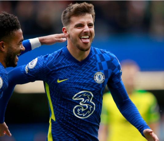 Penyerang Chelsea Mason Mount mencetak hat-trick dalam kemenangan 7-0 atas Norwich di Stamford Bridge pada pekan ke-9 Liga Premier Inggris, Sabtu (23/10/2021). (Foto dari Sky Sports)