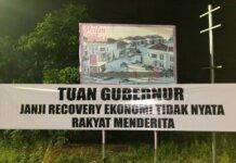 Spanduk untuk Gubernur Kepri Ansar Ahmad di Kota Tanjungpinang, Rabu (20/10/2021) malam.
