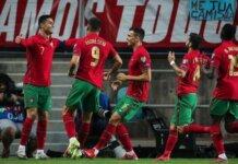 Cristiano Ronaldo (kiri) mencetak hat-trick saat Portugal mengalahkan Luksemburg 5-0 dalam pertandingan kualifikasi Grup A Piala Dunia 2022 di Estadio Algarve, Selasa (12/10/2021) atau Rabu dinihari waktu Indonesia.